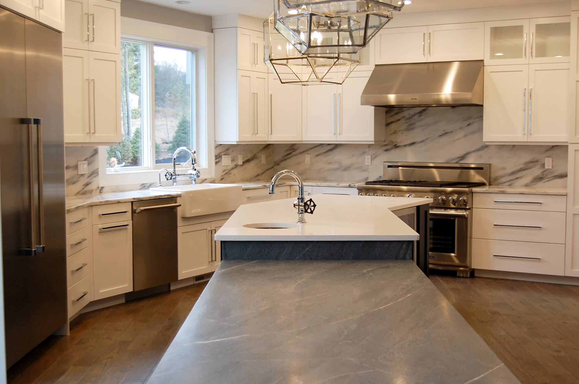 High End Kitchen Interior - Trask Development